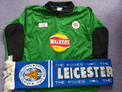 Leicester City FC Scarf and Goalkeeper Shirt