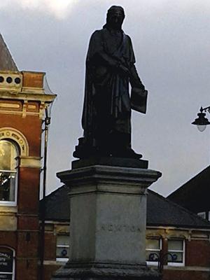 Statue of Sir Isaac Newton at Grantham