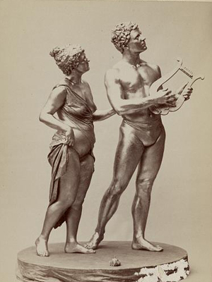 Sculpture depicting Orpheus and Eurydice