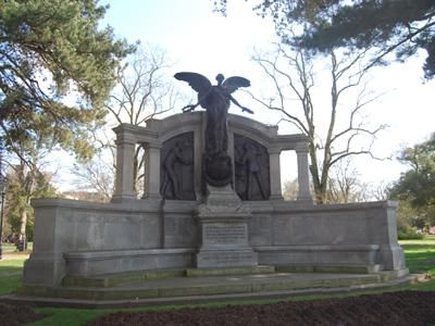Southampton Engineer Officers' memorial to RMS Titanic