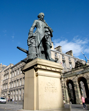 Adam Smith statue in Edinburgh, photo by Accidental Hedonist