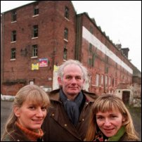 The BBC's House Detectives (Carenza Lewis, Dan Cruickshank and Anna Bennet) in front of Ditherington Flax Mill in 2002.