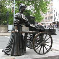 Dublin Statue: Molly Malone