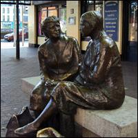 Dublin Statue: Meeting Place