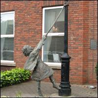 Dublin Statue: Memories of Mount Street