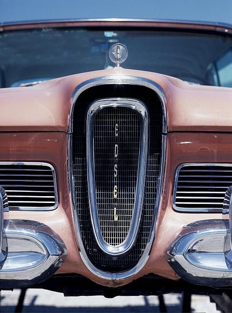 Grille of an Edsel.