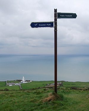 A footpath sign along the Isle of Wight coastal path