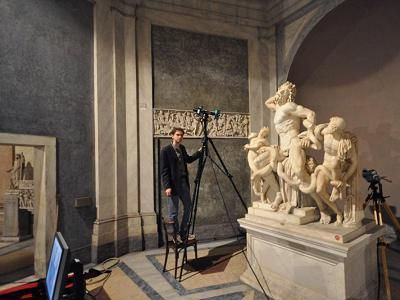 A 3D scan being taken of the Laocoon as part of a study.