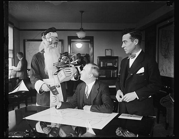 Santa gets a pilot's licence.