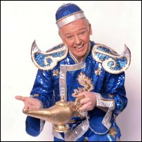 Les Dennis dressed as pantomime stalwart Buttons for the television programme 'Extras.'
