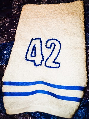 A towel, ready for hitchhiking.