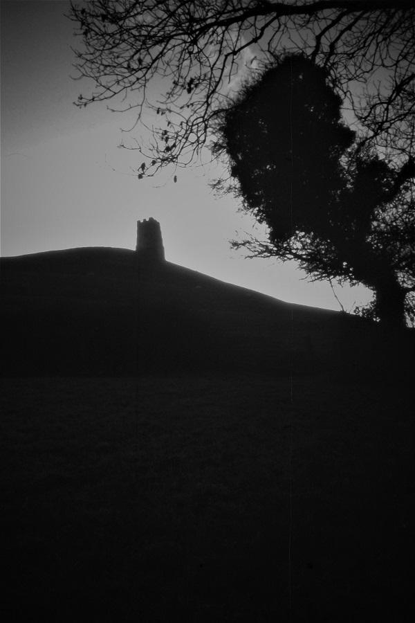 Glastonbury Tor by bobstafford