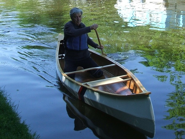 Deek in a Canoe