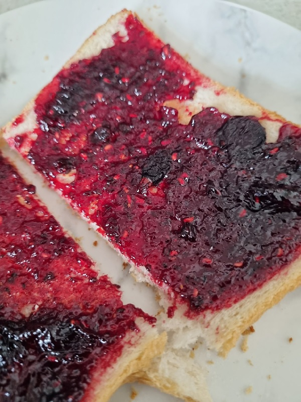 Bread and blackcurrant jam by FWR.
