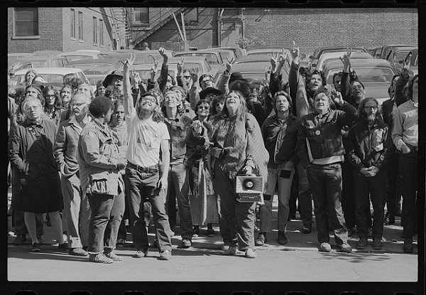 Demonstration at the Draft Board in 1971. Courtesy of the Library of Congress.