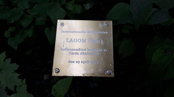 Lagom plaque