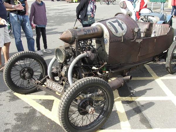 Antique Racer by Deek