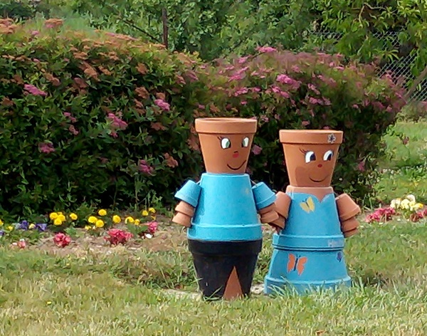 Flower Pot People by Superfrenchie.