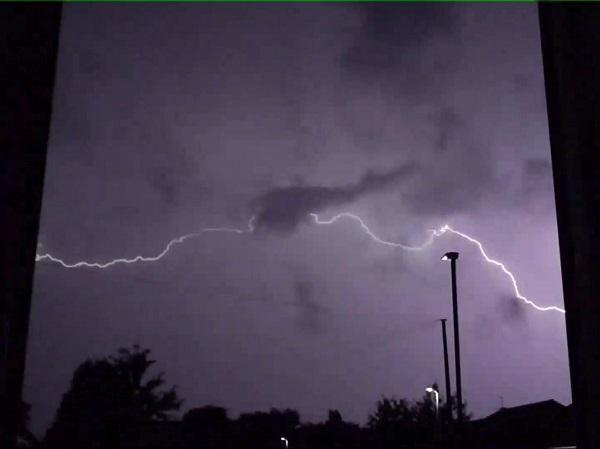 Lightning Flash by SashaQ.