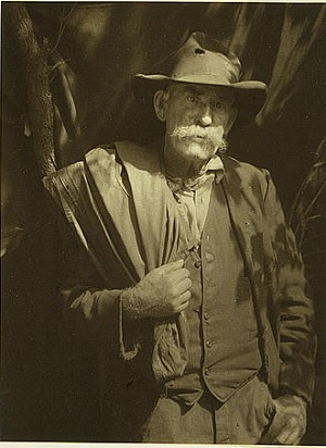 A Southern mountaineer in 1928, photographed by Doris Ulmann