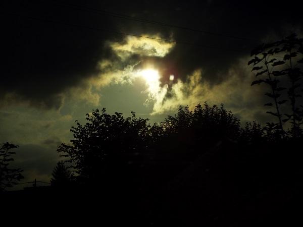 Mystery Sky by bobstafford