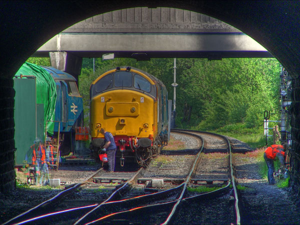Diesel loco in HDR, by the_jon_m