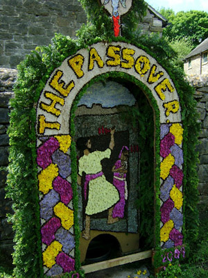 Peak District Well Dressing depicting the Passover