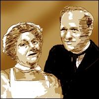 Angela Baddeley as Mrs Bridges and Gordon Jackson as Mr Hudson, the senior 'downstairs' inhabitants of 165 Eaton Place.